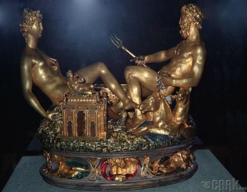 Saliere - Италийн алтан баримал