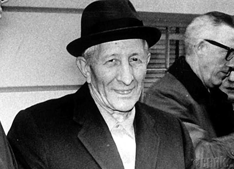 Карло Гамбино (1902-1976)