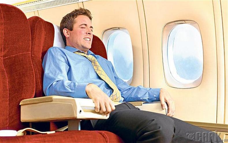 Онгоцонд суухаас айх