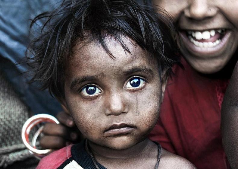 Өдөр бүр 22 мянган хүүхэд ядуурлаас болж амиа алддаг.