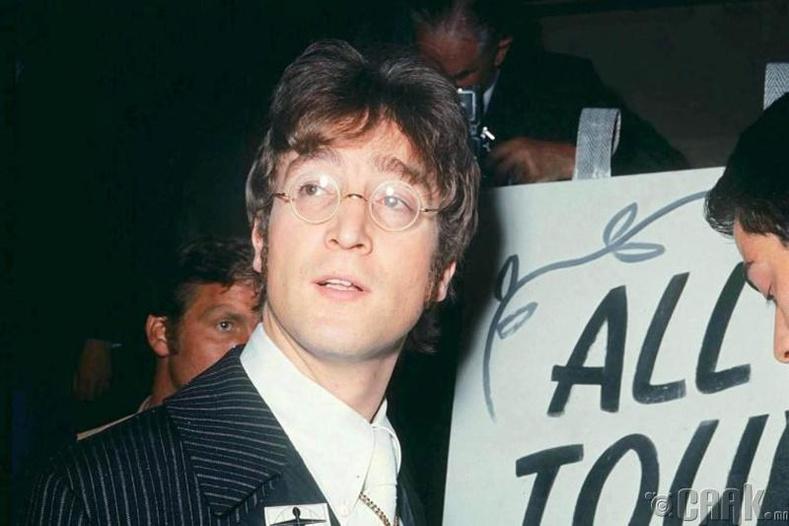 Жон Ленноныг (John Lennon) засгийн газар мөрдөж байсан