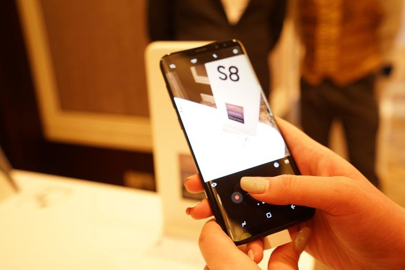 """""""Samsung Galaxy S8"""" гар утас  Монголд албан ёсоор танилцуулагдлаа"""