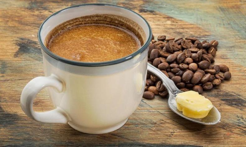 Кофендоо үүнээс нэг халбагыг хийгээд жингээ хасаарай!