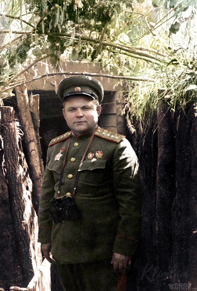 Улаан армийн генерал Ватутин - 1944 он