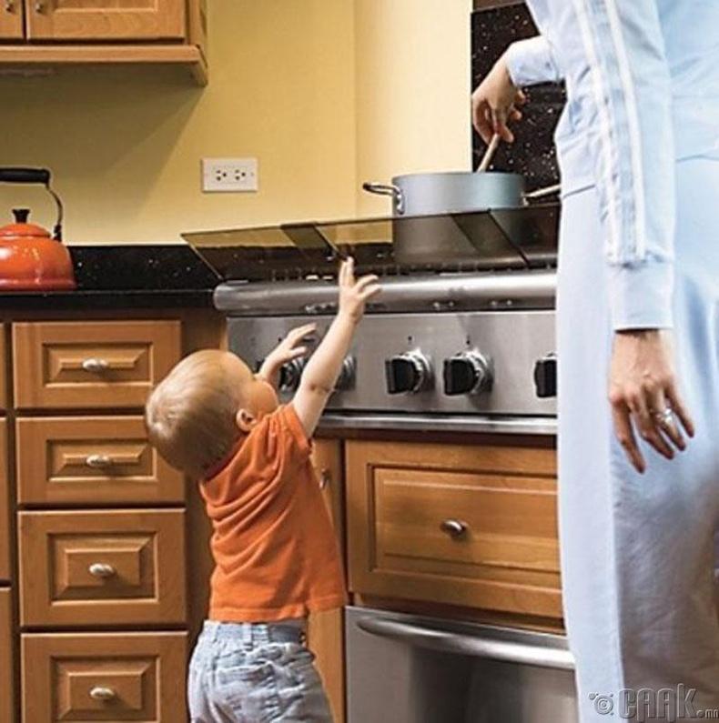 Байшингаа хүүхдэдээ зориулж аюулгүй болго!