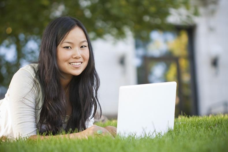 Дэлхийн топ их сургуулиудын хичээлийг хэрхэн үнэгүй үзэх вэ?