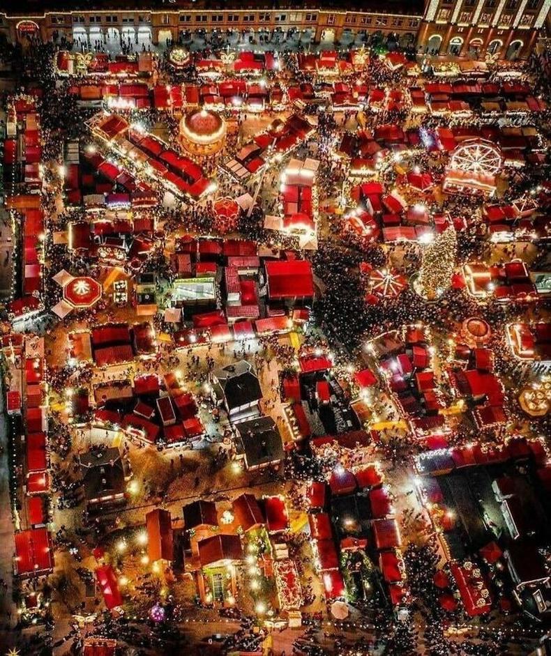 Германы Дрезден хотын зул сарын зах 2019 онд