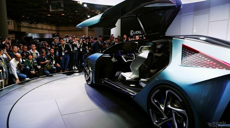 """""""Lexus LF-30"""" цахилгаан хөдөлгүүртэй машин"""