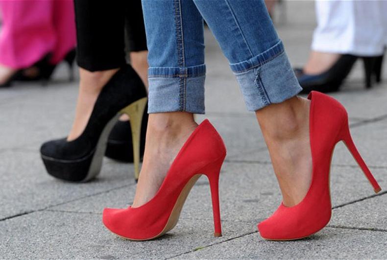 Өсгийтэй гутал хэрхэн үүссэн бэ?