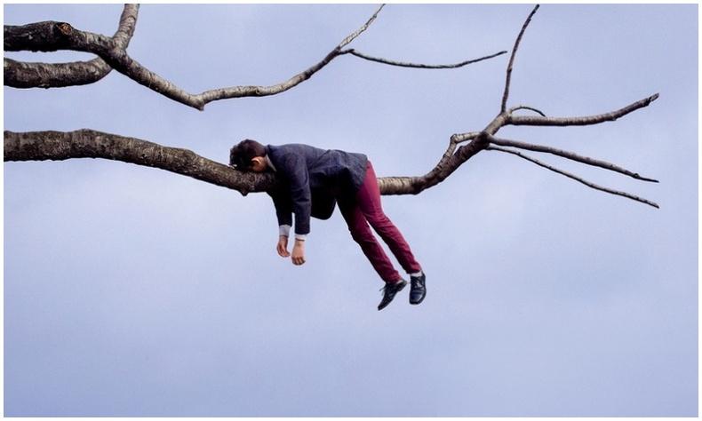 """""""Бодит байдлыг хийдүүлсэн"""" сюрреал гэрэл зургууд (30+ фото)"""