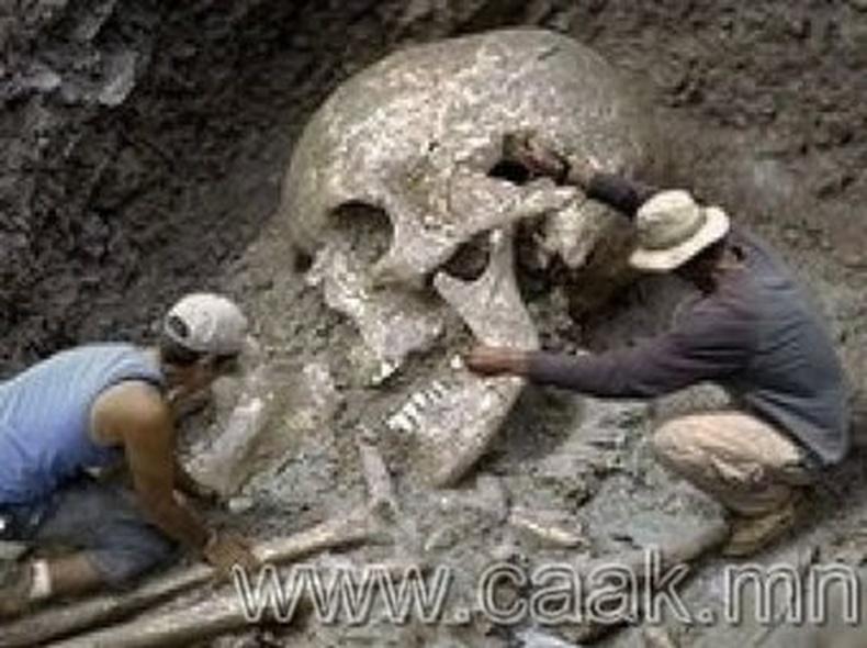 Эртний аварга хүмүүс