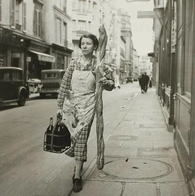 6 лонх дарс, багет авч явж буй франц охин - Парис, 1945