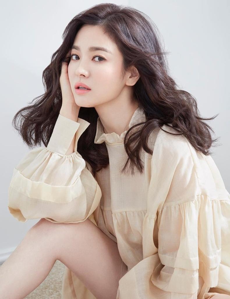 Сон Хе-гё (Song Hye-kyo) - Солонгосын жүжигчин