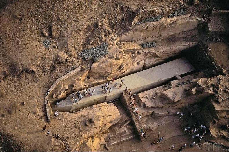 Бүрэн дуусаагүй хөшөөний үлдэгдэл, Египет