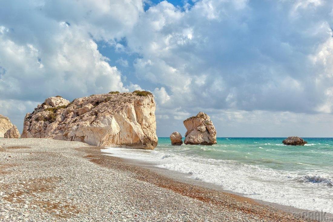 Пафос, Кипр - 190.31 доллар
