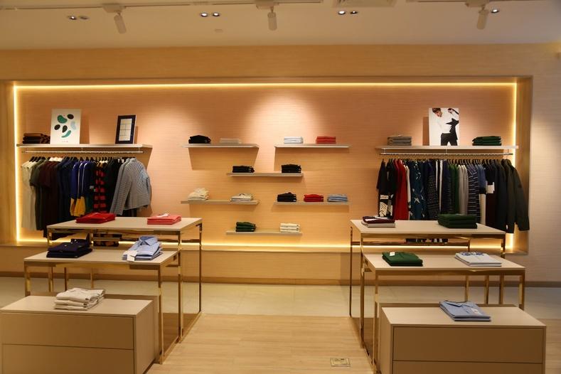 Дэлхийд алдартай брэндүүдийн нэгдсэн дэлгүүр Бишрэлт Их Дэлгүүрийн 2 давхарт нээгдлээ