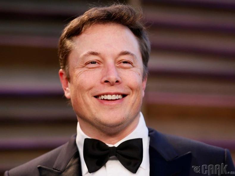 Элон Маск анхны компаниа байгуулсан