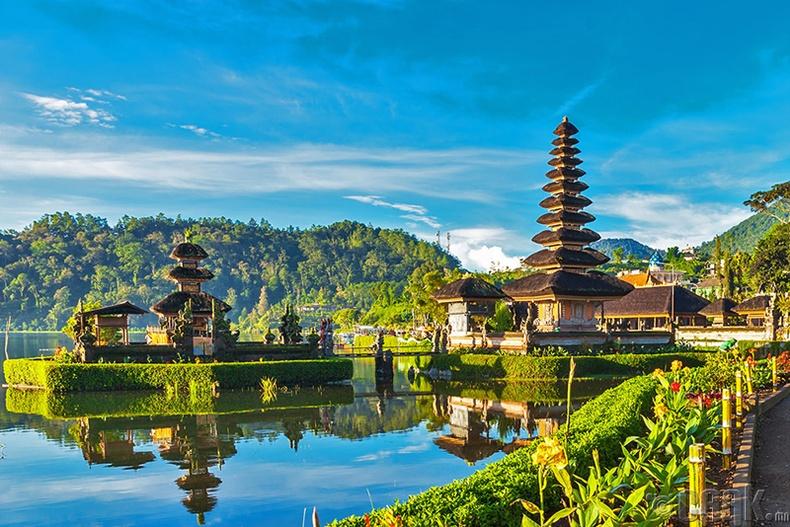Бали арал (Индонез)