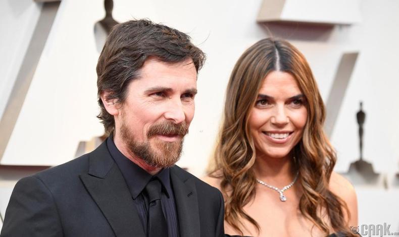 Шилдэг эрэгтэй гол дүрд нэр дэвшсэн жүжигчин Кристиан Бэйл (Christian Bale)