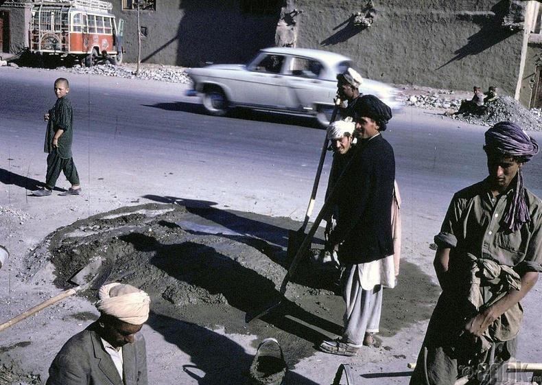 Кабул дахь Афган ажилчид