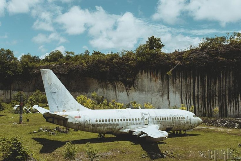 Осолдсон Boeing 737 онгоц - Бали арал, Индонези
