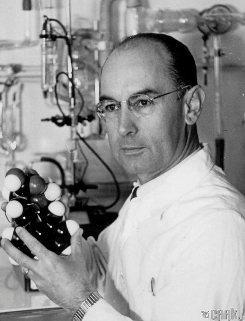 Алберт Хофман - Лизергийн хүчил уусан