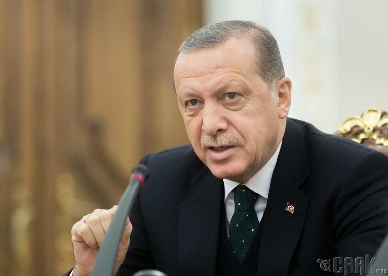 Рэжэп Тайип Эрдоган хэдэн зуун хамгаалагчтай
