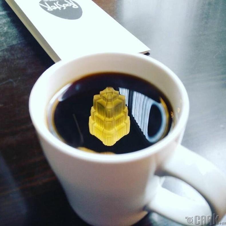 """""""Аягатай кофенд туссан гэрлийн бүрхүүл"""""""