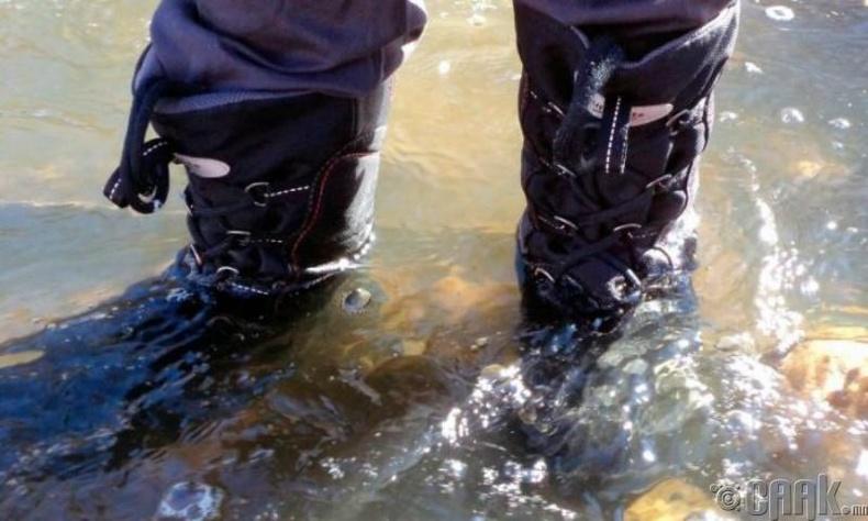 Усны хамгаалалттай гутал сонгох