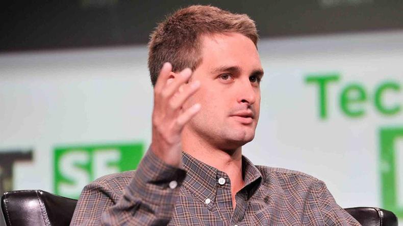 """""""Snapchat""""-г үүсгэн байгуулагч 23 настай тэрбумтан"""
