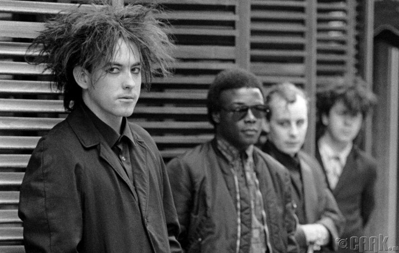 The Cure, 1987