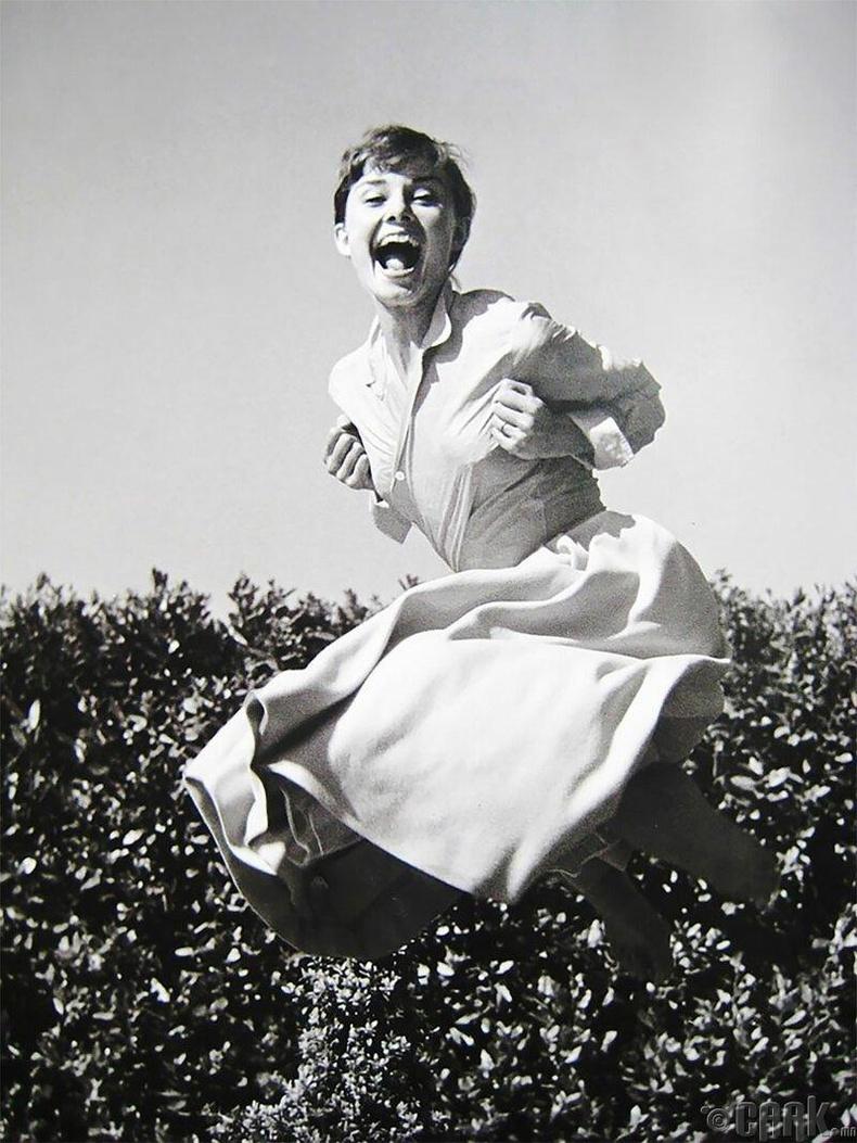 Одри Хепберн, 1955 он