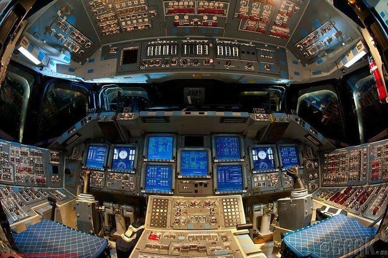 """""""Endeavor"""" сансрын хөлөг"""
