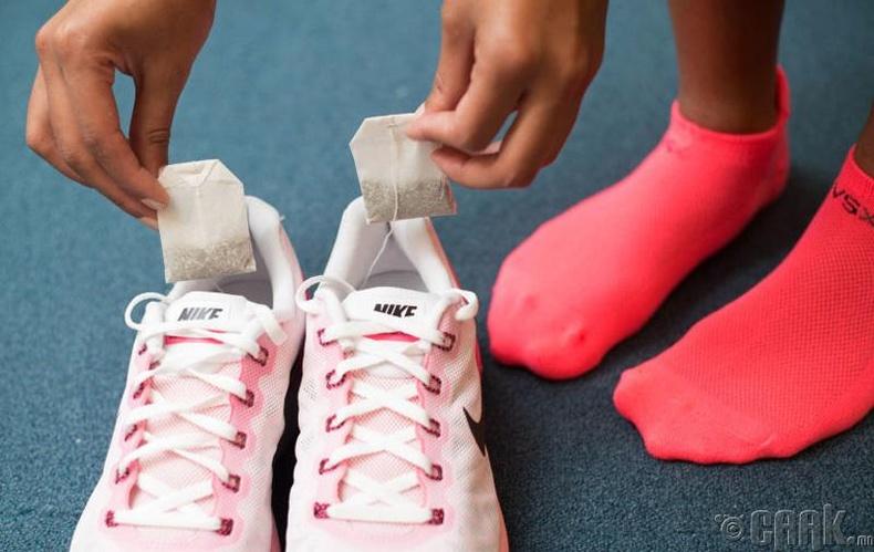 Гутлын эвгүй үнэрийг дарна