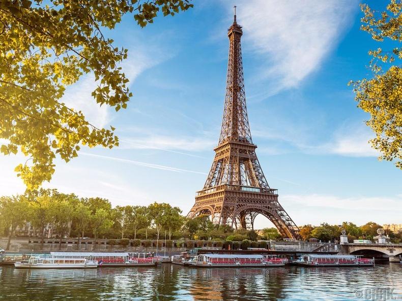 Парис, Франц (Paris, France)