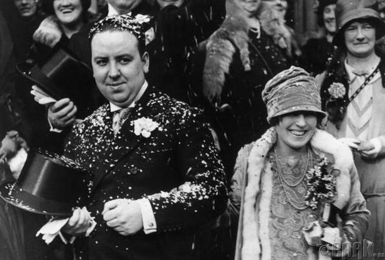 Найруулагч Альфред Хичкок (Alfred Hitchcock) хуримынхаа үеэр - 1926 он