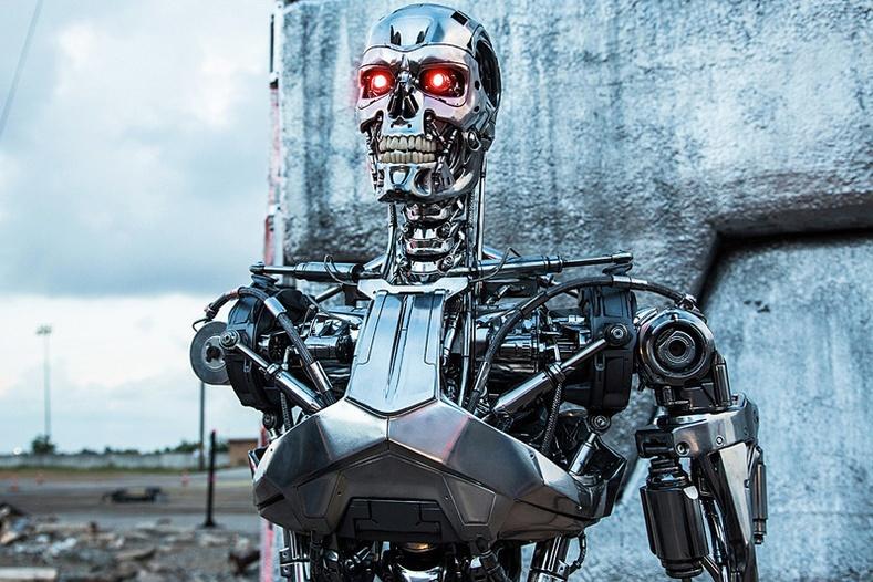Хүмүүс = робот