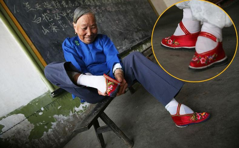 """""""Бадамлянхуа"""" хөлтэй эмэгтэйчүүд амьдардаг Хятадын цорын ганц тосгон"""