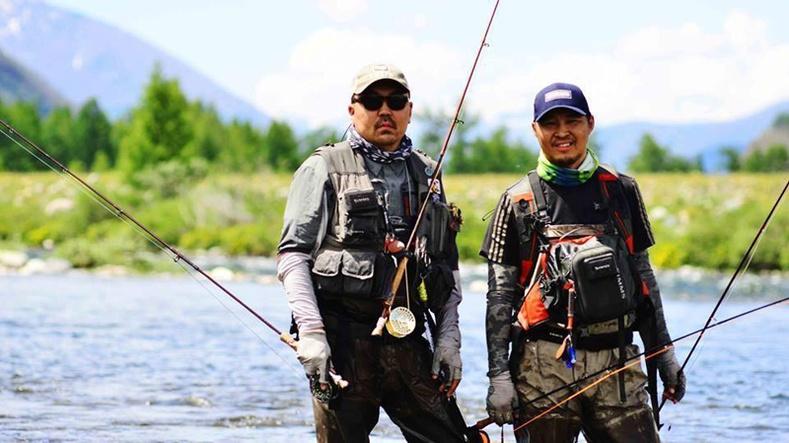 Зөв загасчлалын тухай Монголын анхны кино /Catch and Release/