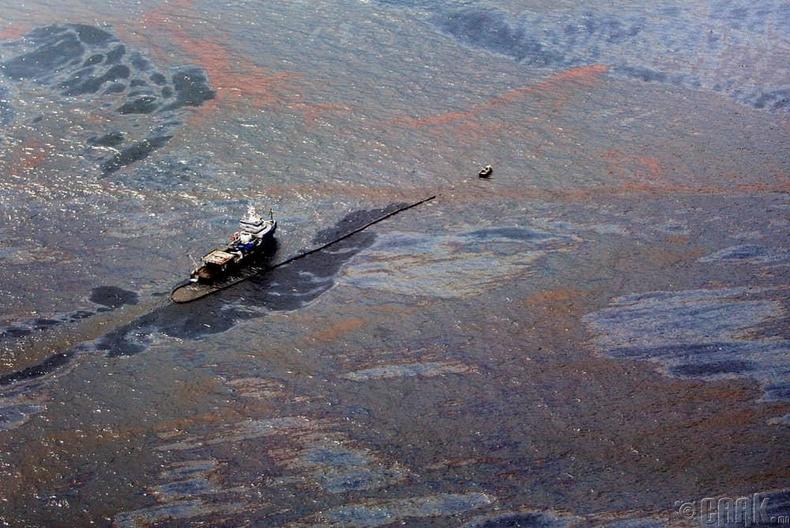 Газрын тосны үйлдвэрийн дэлбэрэлт