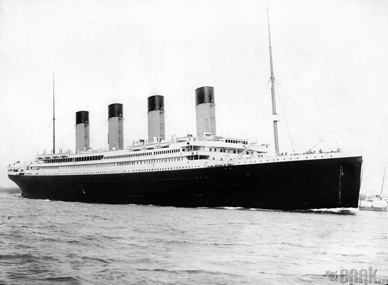 Титаник аялалд гарахын өмнө