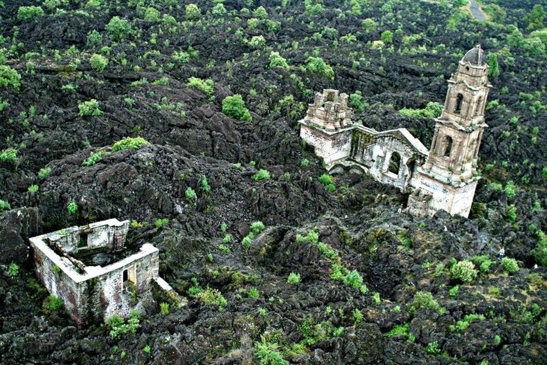 Галт уулын лааванд дарагдсан сүм, Мексик улс