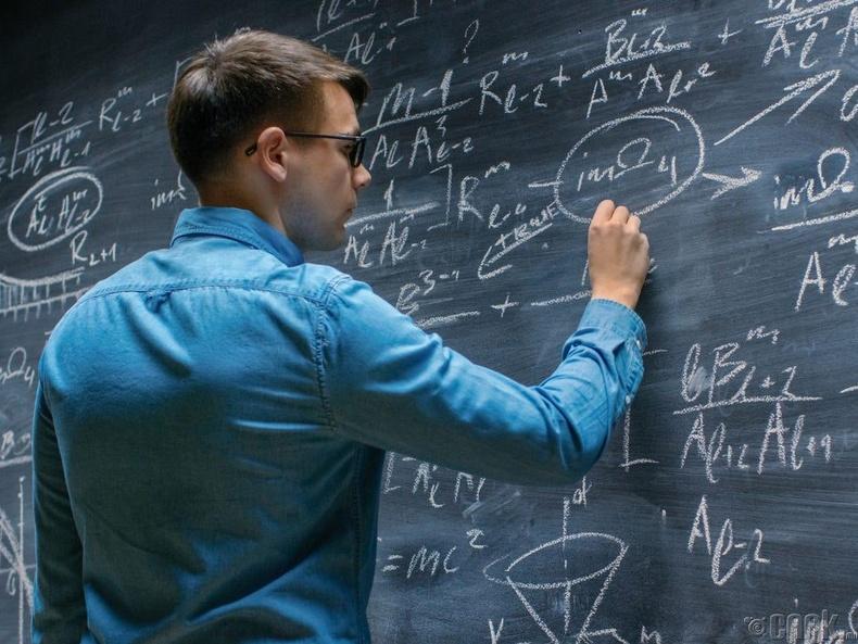 Байнгын хувьсан өөрчлөгдөж буй ертөнцөд математик зайлшгүй хэрэгтэй