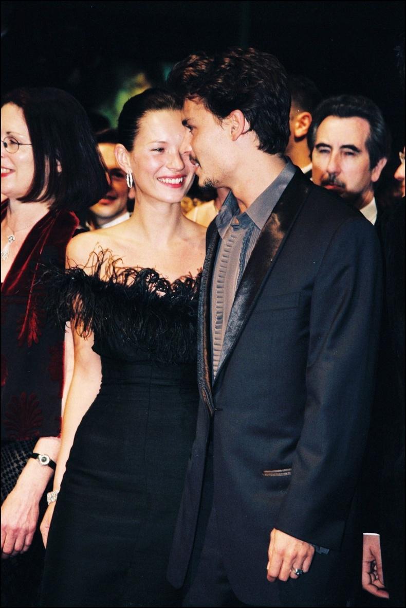 Жонни Депп болон Кейт Мосс Каннын кино наадмын үеэр, 1998 он.