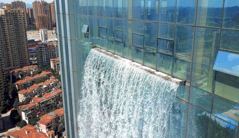 Хятадууд дэлхийн хамгийн өндөр хиймэл хүрхрээг бүтээжээ