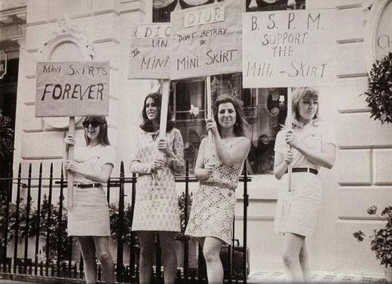 Богино банзал өмсөхийг хориглосон явдлыг эсэргүүцэж буй бүсгүйчүүд - Лондон, 1966