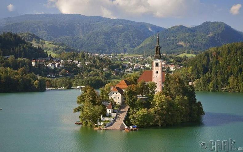 Блед нуурын арал, Словени