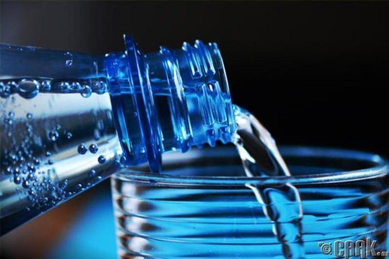 Буцалсан ус уу, эсвэл эрдэсжүүлсэн ус уу?