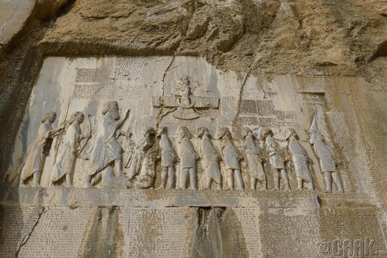 """""""Behistun Inscription"""" буюу Дариус хааны зарлиг"""