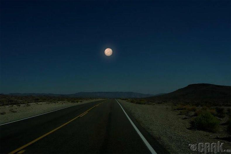 Буд гараг бол нарны аймгийн хамгийн жижиг гараг бөгөөд хэмжээгээрээ сартай тун ойролцоо.
